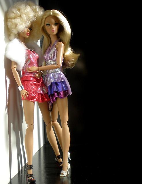 Dynamite Girls - Page 2 5166826750_1ea4119e4e_z