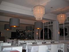 Hotel Tras (Cayetano) Tags: canon girona gerona 2007 palams canonixus75 hoteltras