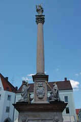 Statue whole (wunnspeed) Tags: germany bayern deutschland bavaria parents freising
