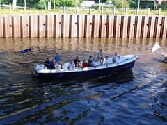 oldenburg stadtkanal umbau teil 2 kutterfest foto by OlDigitalEye 2005 06 18 0080 (oldigitaleye) Tags: eye digital germany deutschland photo yahoo google europa europe flickr foto fotograf photographer norden picture special photograph fotos bau projekt whatsup oldenburg pp umbau norddeutschland niedersachsen lowersaxony northgermany hunte schiffahrt northerngermany cityofscience fotograph stadtentwicklung stadtkanal binnenschiffe stadtderwissenschaft oldigitaleye kutterfest oldenburgfoto oldenburgfotos oldenburgaktuell oldenburgnews fotooldenburg photooldenburg aktuelloldenburg newsoldenburg wasgehtab bermorgenstadt stadtderwissenschaft2009 uebermorgenstadt cityofscience2009 peterporikis