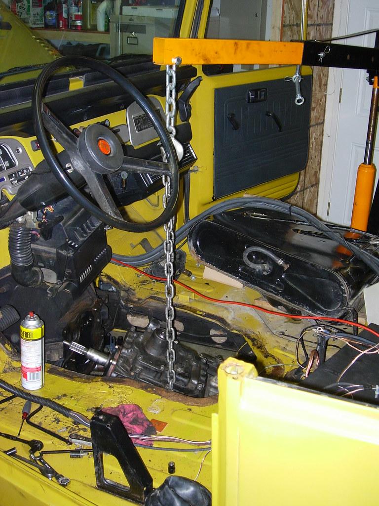 1995 Bmw 325i Factory Alarm Control Module Location Besides 1986 Bmw