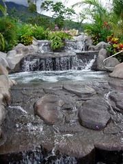 thermal springs near arenal