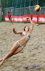 Dive Dive dive (Danny VB) Tags: park light canada men beach sport ball plongeon team sand women quebec plateau montreal ballon dive sable playa player tournament volleyball milton athlete montroyal dig plage parc defense volley coors equipe volleybal mountroyal 2010 coorslight fd excellence volei qualification balle pallavolo joueur jeannemance voleibol volant  siatkwka tournois voleiboll volleybol volleyboll voleybol qualif  lentopallo siatkowka vollei joueuses voleyboll palavolo deplage montreal514 doubleniceshot mygearandmepremium mygearandmebronze mygearandmesilver volleibol volleiboll