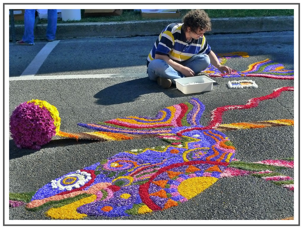 Man preparing for Infiorata in Spello