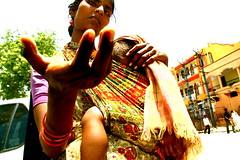 Chennai, India (Instagram: jspcastell) Tags: portrait woman india mujer child retrato ciudad chennai nio