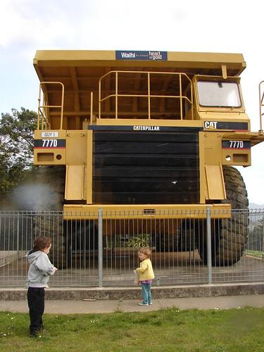 Giant dumptruck