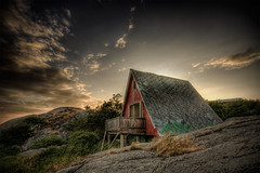 Holiday hut (u n c o m m o n) Tags: wood red sun house holiday abandoned home topf25 rural decay ruin wdc canon350d coolest hdr uncommon photomatix sigma1020 tonemapped outstandingshots 3exp mywinners anawesomeshot superaplus aplusphoto lightroomprocessing superbmasterpiece trlen gorillapd marcusclaesson dontusethisimageonwebsitesblogsorothermediawithoutmypermission selall