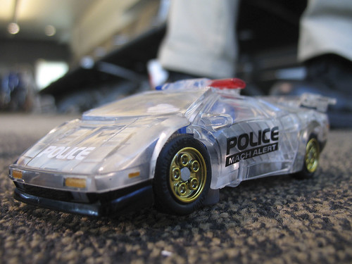 Botcon - airport aftermath - My new Osaka Toysland Mach Alert exclusive