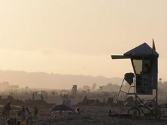 P1010072 (Mr. Ku) Tags: sunset beach sandiego 4thofjuly coronado lifeguardstation coronadoshores