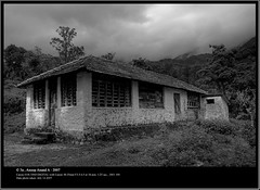 Views From Bonakkad Tea Estate (Anoop Anand A) Tags: blackandwhite bw india house canon 350d cove kerala monotone 3a canon350d colorless canoneos350d anoop efs bnw aaa bungalow trivandrum westernghats canonefs1855f3556 thiruvananthapuram monotones anoopaa bonacaud bonakkad 3abinurahularun ponmudikallar kaaavu anoopananda anoopco wwwanoopco httpwwwanoopco