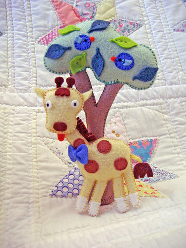 Giraffe and tree2