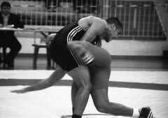 61 (sud273) Tags: sports monochrome wrestling lutte 32 challenge