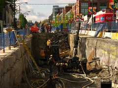 (T Power) Tags: vancouver construction 12thavenue cambiestreet canadaline