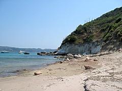 Une vue de la plage de Balistra