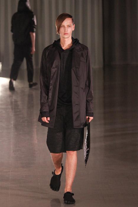 SS11_Tokyo_MOLFIC009_Rutger Derksen(Fashionsnap)