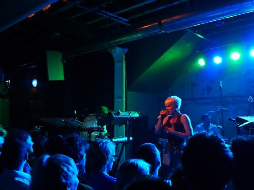 robyn secret gig 03.11.2010
