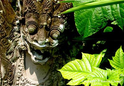 Balinese-Statue