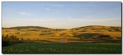 Another Evening in Rural America (Roger Lynn) Tags: barn moscow wheat arboretum hills idaho peas universityofidaho palouse abigfave anawesomeshot