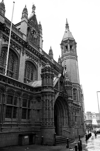 Victoria Law Courts Birmingham courtesy of Joe Dunckley on Flickr