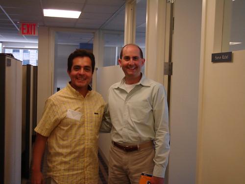 Octavio Rojas y Steve Rubel en las oficinas de Edelman en NY