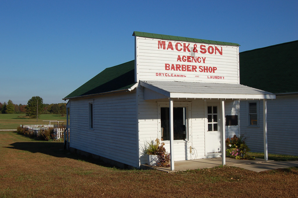 Illinois, (Oakwood) Vermilion County, Mack & Son Agency Barber Shop, Dry Cleaning and Laundry (Museum)