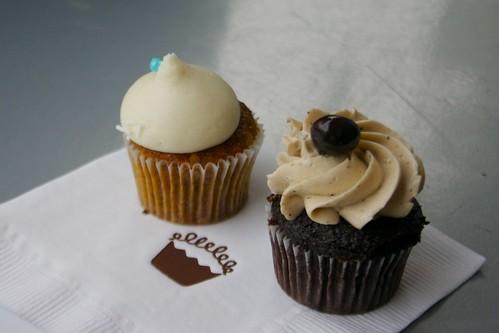 carrot cake & java cupcake minis