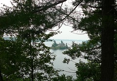P1030105.jpg (airwaves1) Tags: 1000islands stlawrenceriver july282007 yeoisland