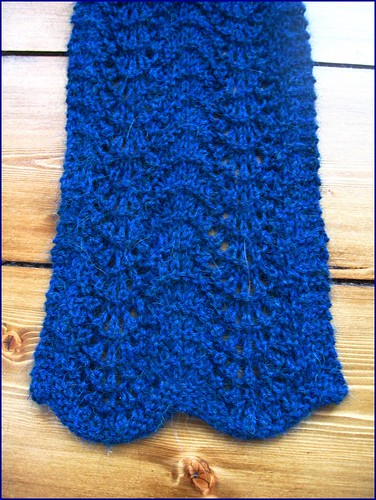 alpaca feather and fan scarf