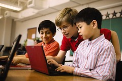 Students using Dell Latitude 2110 netbook