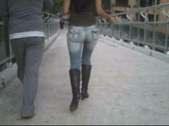 2 flakita (culomaniacos) Tags: en 1 d culo con flakita calles botas larga traseros culos falda nalgas culitos callejeros nalgotas nalgona falkita fundillos
