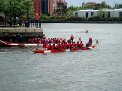 DSC08353 (obxidian) Tags: manchester samba cheerleaders salfordquays watersports dragonboatrace