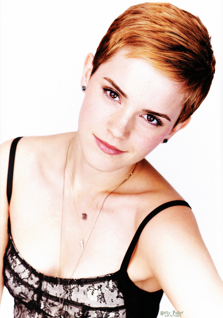 Emma Watson short haircut model