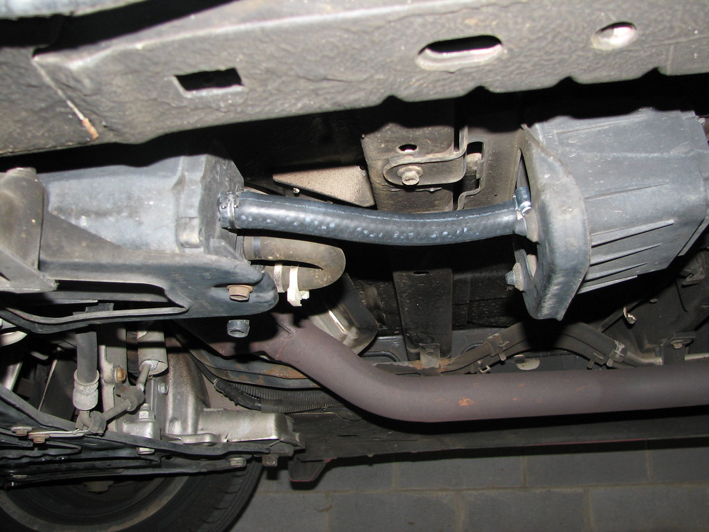 chrysler pt cruiser leak detection pump location with 2003 Dodge Caravan Evap Problems on T16316903 08 wrangler p0455 evap purge system furthermore Mazda 3 Transmission Control Module Location also Saturn Outlook Camshaft Position Sensor Location further Where Is The Fuel Filter On A 2004 Volvo S60 besides Dodge Caravan Leak Detection Pump Location.