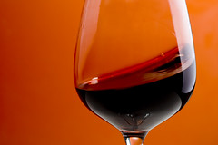 Swing - wine glass red wein glas orange rotwein rot alevers liquid swing