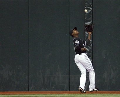 The Hangover: Upton Stolen Bases Down In 2007