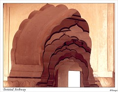 Twisted Archway (Photo-Curry) Tags: castle architecture amber perfect arch photographer fort twist palace archway jaipur rajasthan the jaigarh