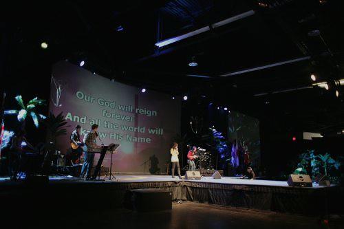 Chip Henderson & Worship Team