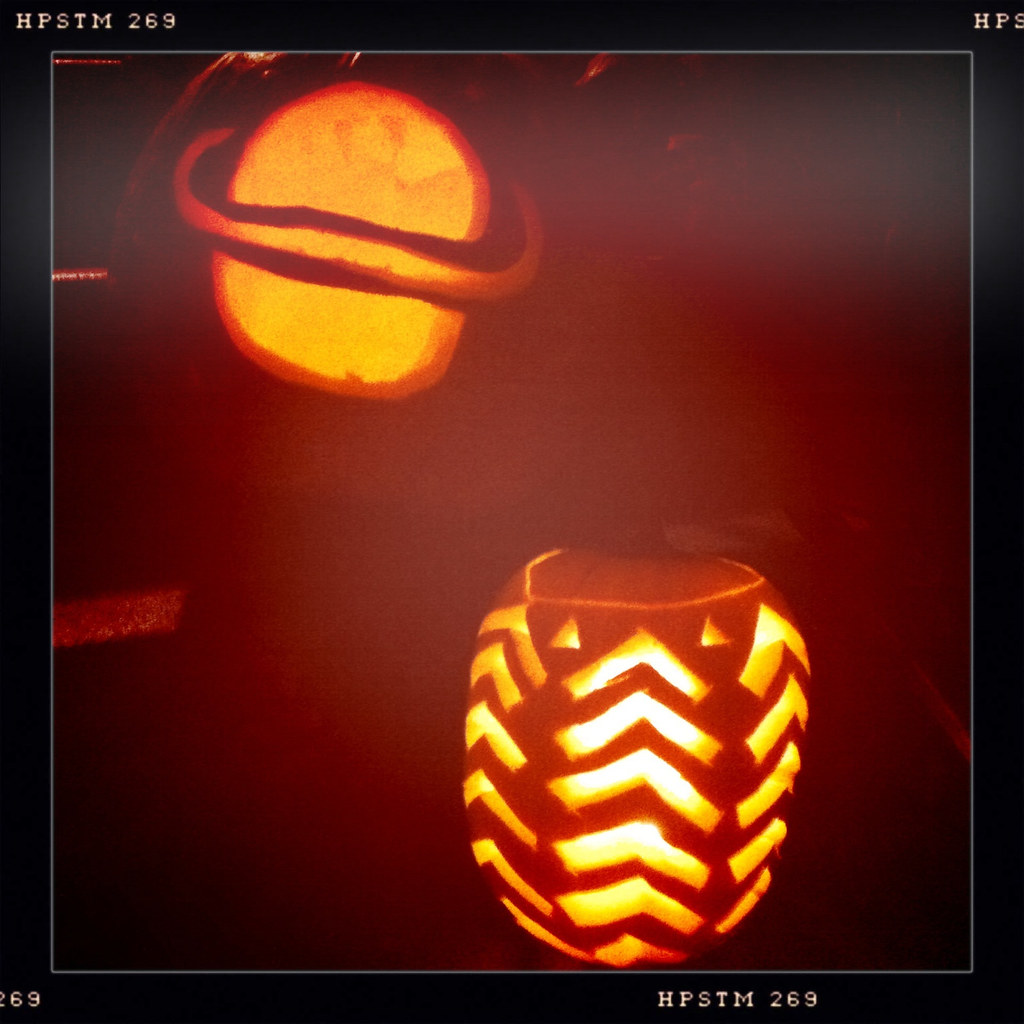 pumpkin - pattern and saturn (/hamburger)