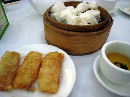 Steamed buns and prawn rolls