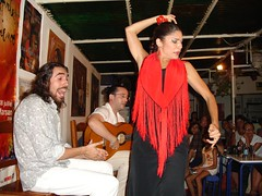Flamenco (goodnessgraci0us) Tags: espaa intense rojo seville baile flamenco bailarn lacarbonera