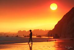 end of the world (artfilmusic) Tags: sunset beach