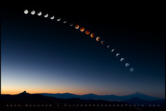 Lunar Eclipse August 28, 2007 (Sean Bagshaw) Tags: sky moon composite night poster eclipse august series astronomy total phase lunar 2007
