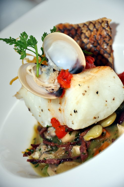Grilled Black COd FIsh with FOur-Bean, Clam Juice and Dried Beef Bacon