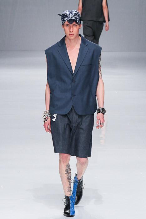 Simon Nygard3030_SS11_Tokyo_PHENOMENON(Fashionsnap)