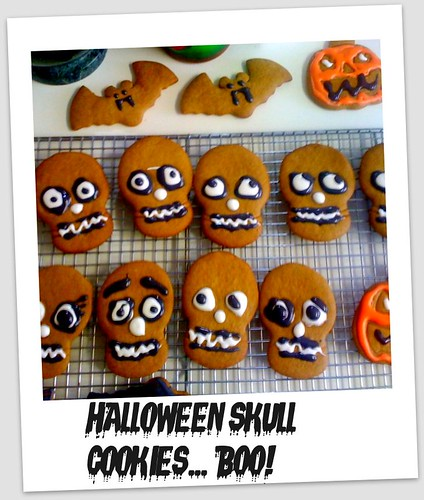 Halloween skull gingerbreads