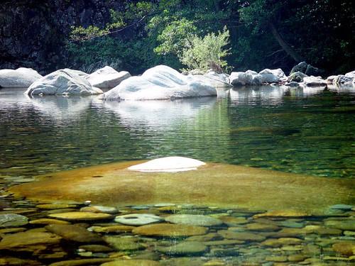 Cannobio - Wasser - Steine - Italien - Italy