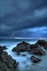 Lightning (Valerio Musi Photographer) Tags: sea island rocks nuvole mare seascapes lightning musa manfrotto isola scogli isoladelba piombino fulmine orablu nikkor1224 d700 visipix centroculturalesantimosezfotografiabfi wwwvaleriomusiit