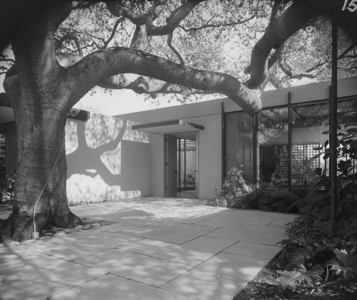 Lumley Residence, 1958 (Maynard L. Parker)
