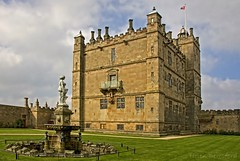 Bolsover Castle (Helen Beresford) Tags: castle fountain fairytale venus derbyshire turrets battlements cavaliers englishheritage bolsovercastle ridingschool littlecastle 100pictures 20old pleasurepalaceooerr