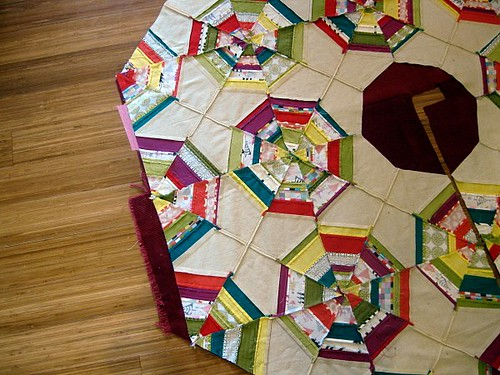Christmas Tree Skirt Piecing 11